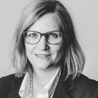 Ursula Deller - Sales Manager DACH - efecte Service Management